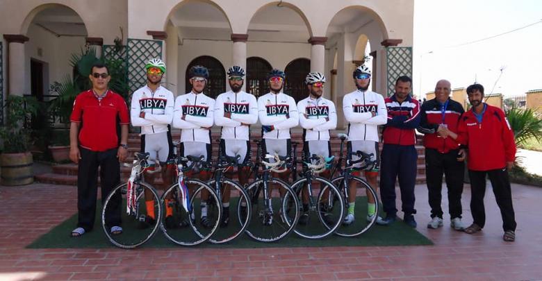 المنتخب الليبي للدراجات المشارك بطواف وهران