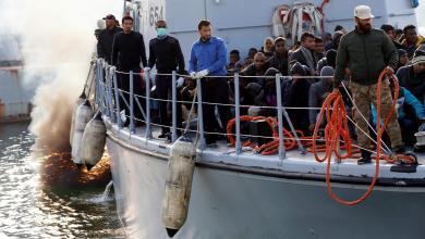 Photo of البحرية تُنقذ مهاجرين قبالة شواطئ جنزور