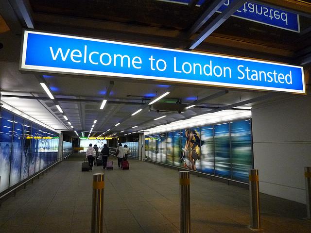 مطار ستانستيد في لندن