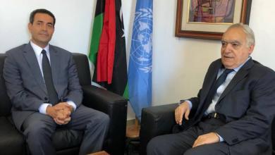 رئيس المفوضية الوطنية العليا للانتخابات مع المبعوث الأممي إلى ليبيا، غسان سلامة