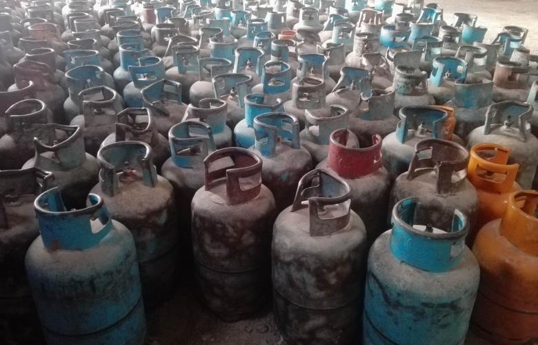 كمية من اسطوانات الغاز تصل إلى مستودعات مدينتي هون وسوكنة