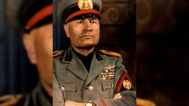 الزعيم الفاشي الإيطالي بينيتو موسوليني