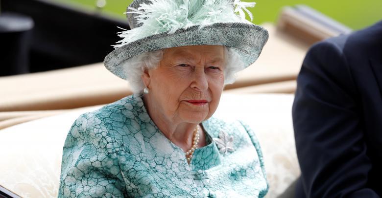 ملكة بريطانيا إليزابيث