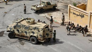 """Photo of ليبيون بعد """"هجوم الجيش"""": """"هلا بالخميس"""""""