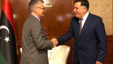 رئيس المجلس الرئاسي فائز السراج والسفير هاتس بيتر سمنبي