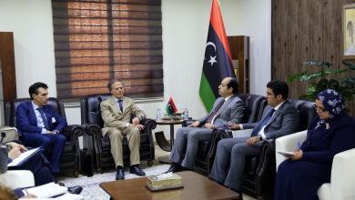 صورة معيتيق لإيطاليا: مراكز ليبيا للترحيل فقط