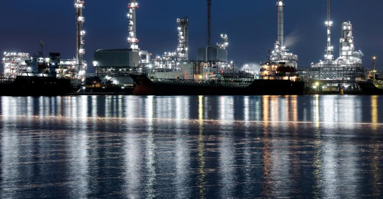 Photo of توقعات اقتصادية متفائلة تقفز بأسعار النفط
