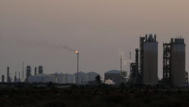 Photo of سوء الأحوال الجوية يغلق موانئ النفط