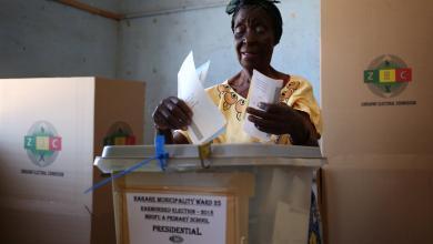 صورة زيمبابوي تجري أول انتخابات بعد موغابي