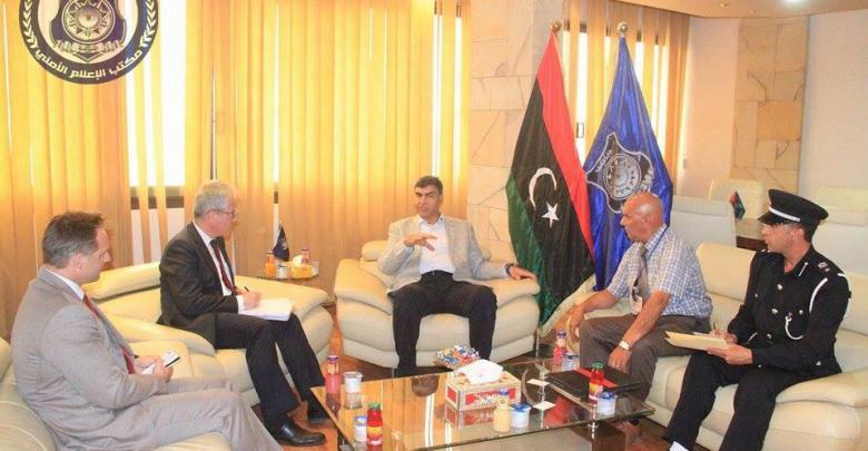 العميد عبد السلام عاشور، مع سفير جمهورية النمسا لدى ليبيا