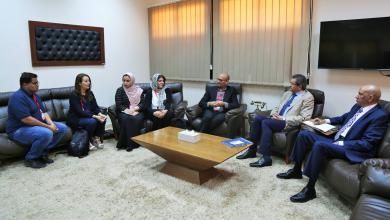 """اجتماع مع عميد بلدية بنغازي عبدالرحمن العبار ومنظمة """"براغما"""""""