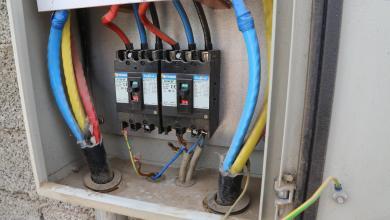 Photo of أزمة الكهرباء تلقي بظلالها على مستشفى الغريفة