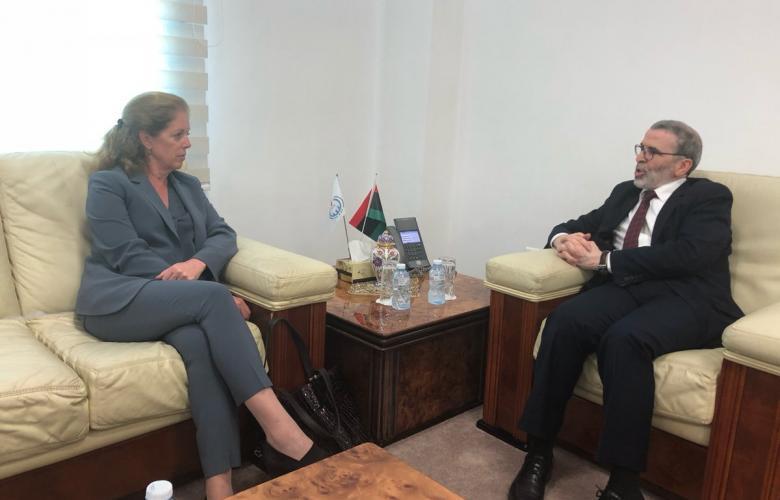 مصطفى صنع الله ونائبة الممثل الخاص للأمين العام للأمم المتحدة ستيفاني وليامز