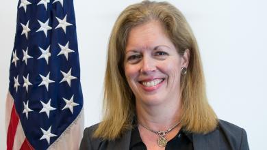 نائبة المبعوث الأممي إلى ليبيا للشؤون السياسية ستيفاني وليامز