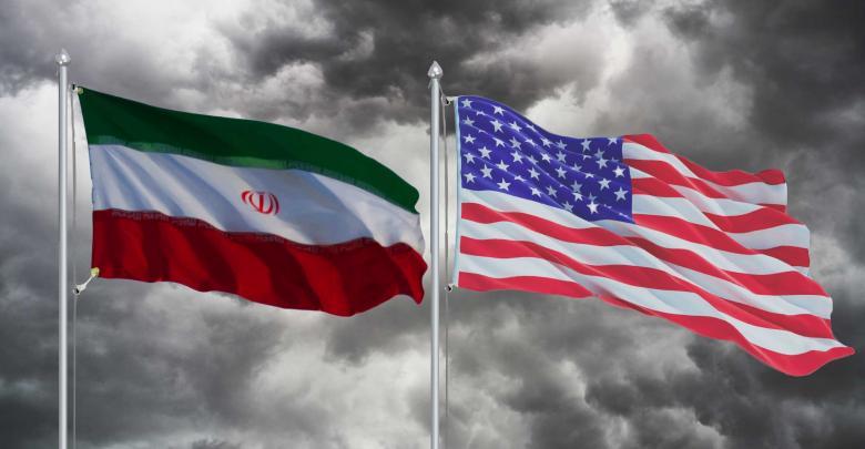 علم الولايات المتحدة وعلم إيران
