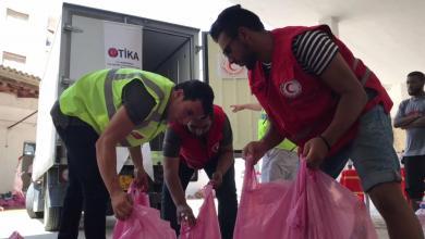 Photo of الهلال الأحمر يُوزع لحوم أضاحي في طرابلس