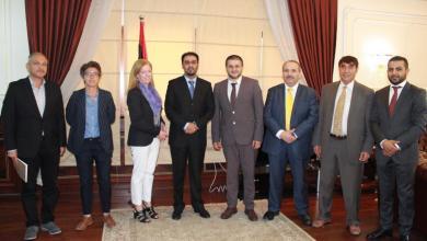 نائبة رئيس البعثة الأممية، ستيفاني ويليامز ووزير المالية المفوض بحكومة الوفاق، أسامة حماد