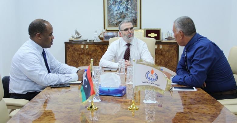 اجتماع رئيس مجلس إدارة المؤسسة مع رئيس لجنة إدارة شركة زلاف ليبيا