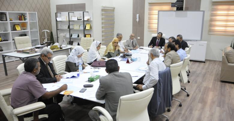 وزير التعليم المفوض بحكومة الوفاق عثمان عبدالجليل