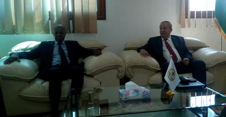 اجتماع مصلحة الجوازات والجنسية بمقر وزارة العمل في طرابلس