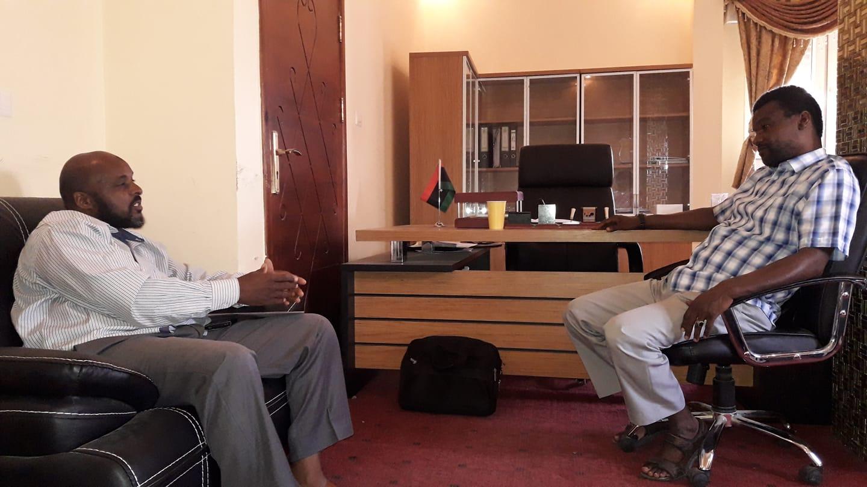 نائب رئيس المجلس المحلي تاورغاء سالم أعميش و مدير مكتب مراقبة قطاع التعليم محمد العماري