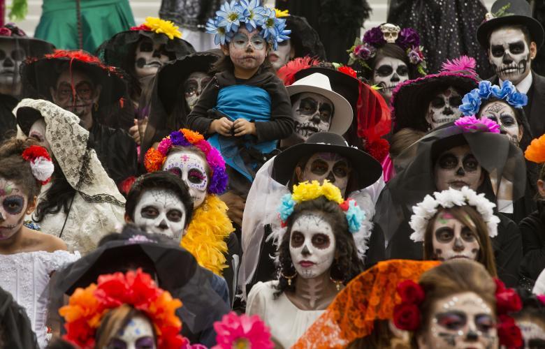 صورة من مهرجان يوم الموتى