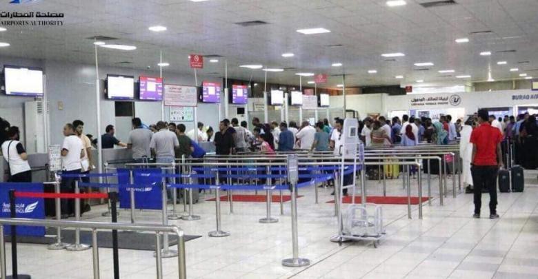 """مصلحة المطارات تزور """"معيتيقة الدولي"""" وتبحث الحلول"""