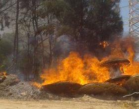 حريق بخط نقل كهرباء -سرت