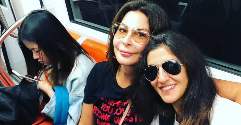 الفنانة اللبنانية اليسا برفقة صديقتها إنجلا - روما