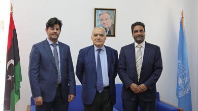Photo of لقاء ثُلاثي يبحث إعادة تشكيل الرئاسي