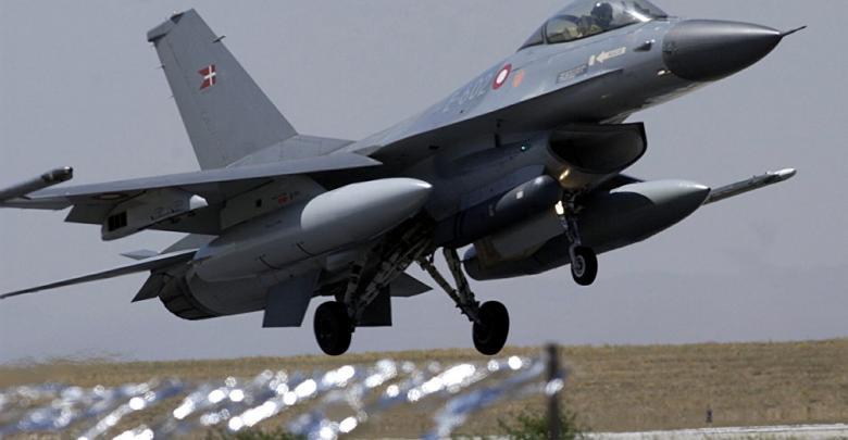 طائرة نرويجية نفاثة من طراز F-16