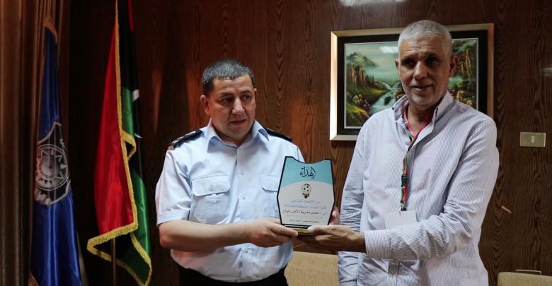 تكريم مدراء مديريات الأمن في مدينة زليتن من قبل الاتحاد الفرعي لكرة القدم