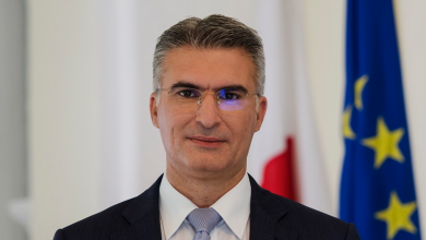 وزير الخارجية المالطي كارميلو أبيلا