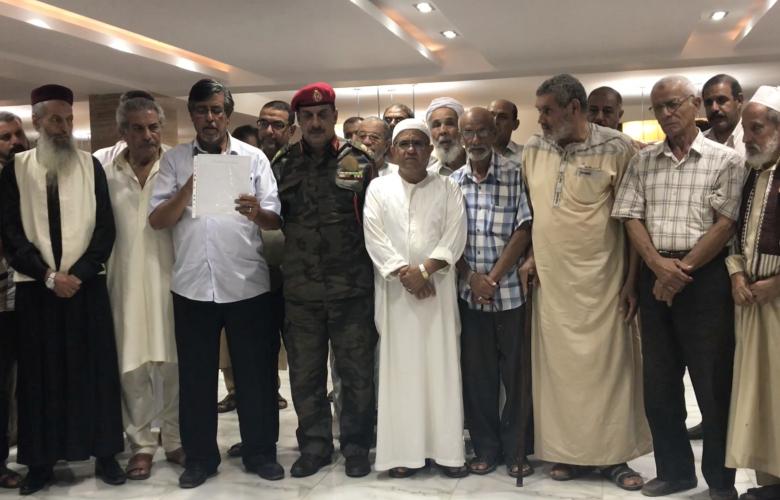 اجتماع اللواء سالم الرفادي مع المجلس الاستشاري لقبائل الحضر في مدينة درنة