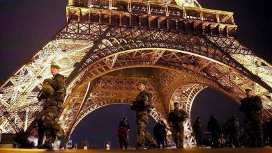 هجوم بسكين في باريس
