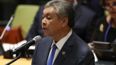 Photo of زعيم المعارضة الماليزية يواجه 45 تهمة فساد