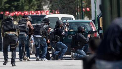 Photo of انتحاريان يُفجران نفسيهما في جلمة التونسية