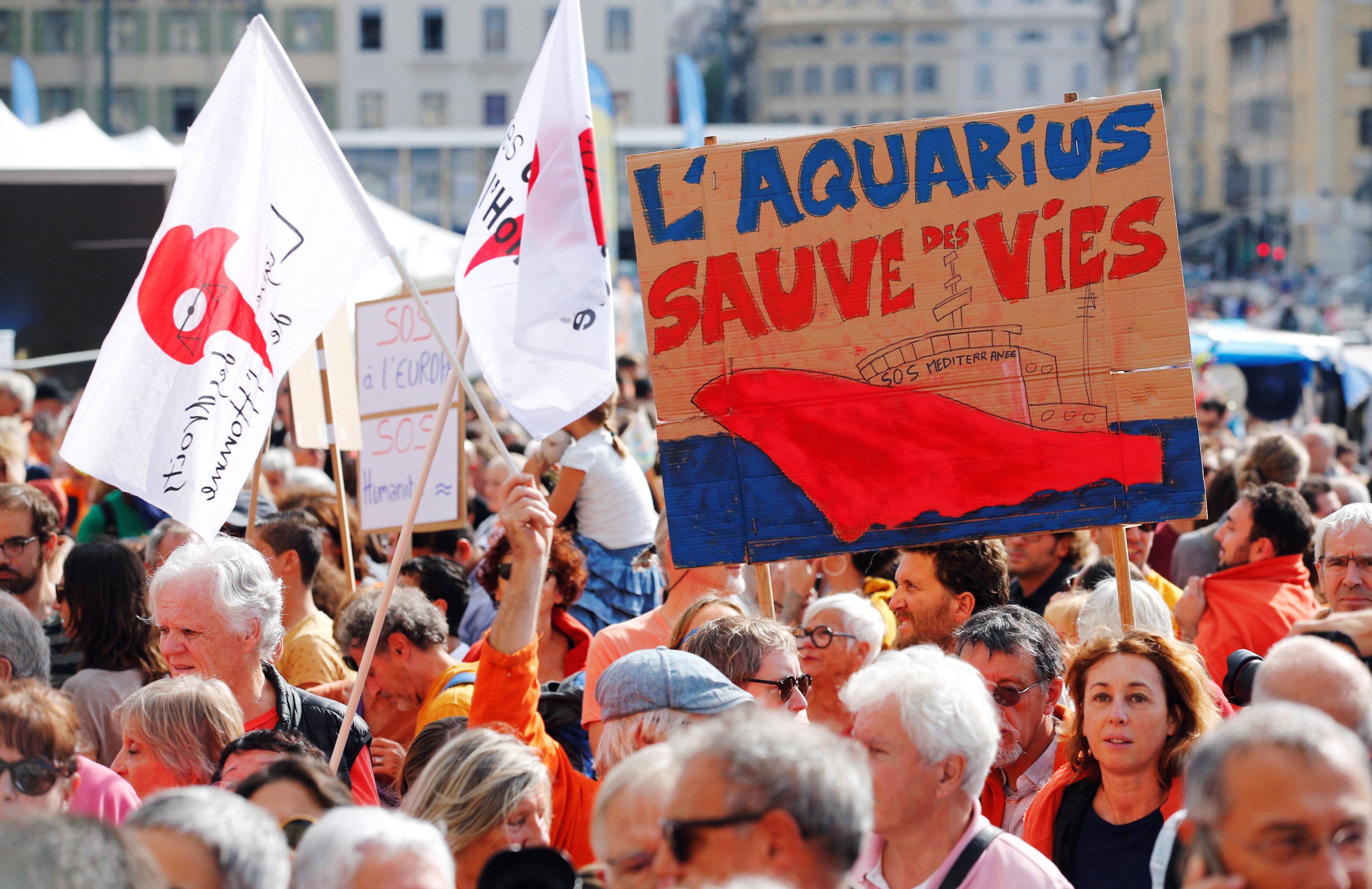 مظاهرات أوروبية - جمعيةُ أس أو أس ميديترانيه