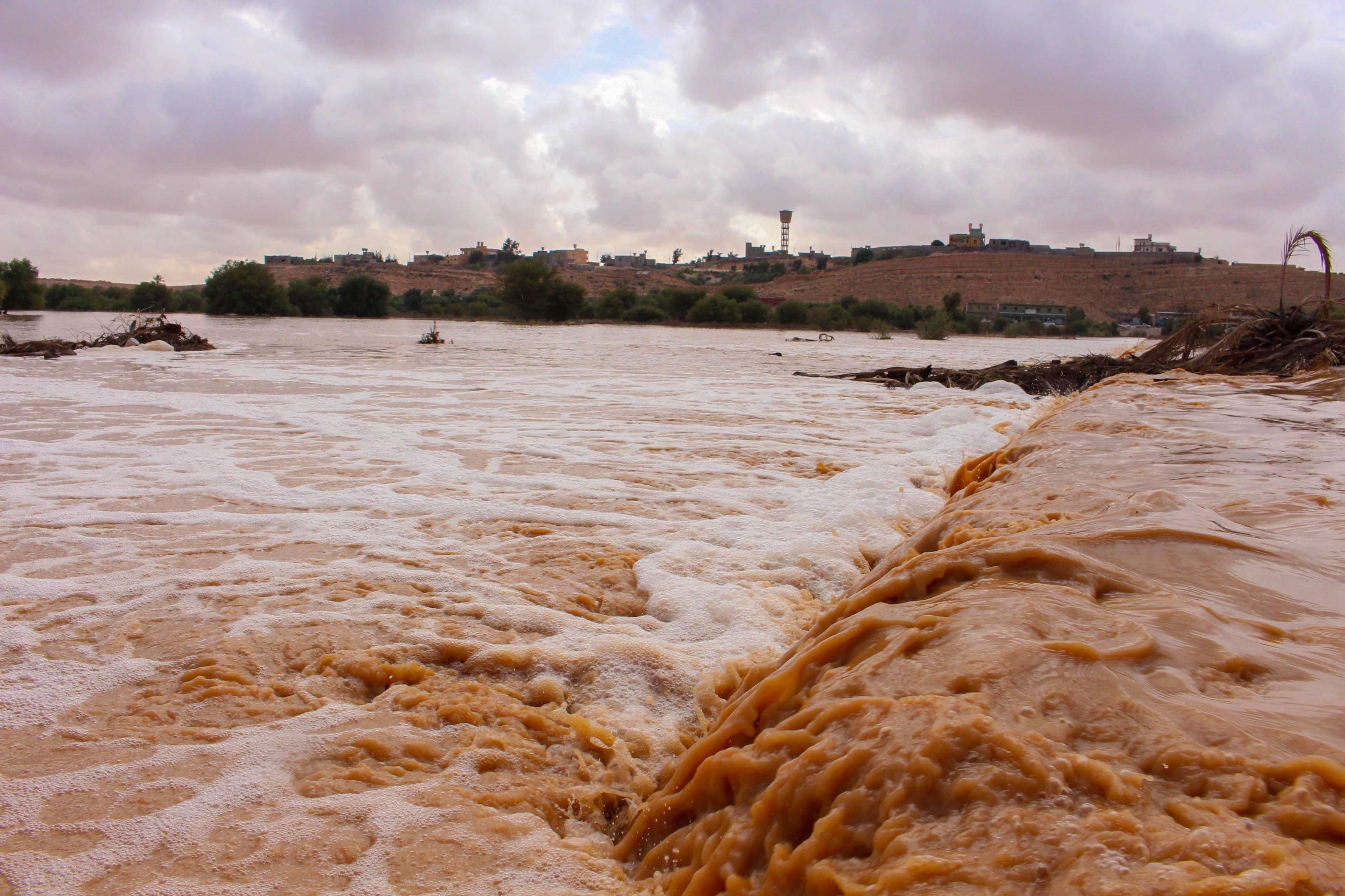 أمطار غزيرة بمدينة بني وليد