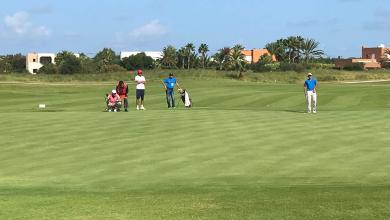 لاعب الغولف الليبي محمد يونس