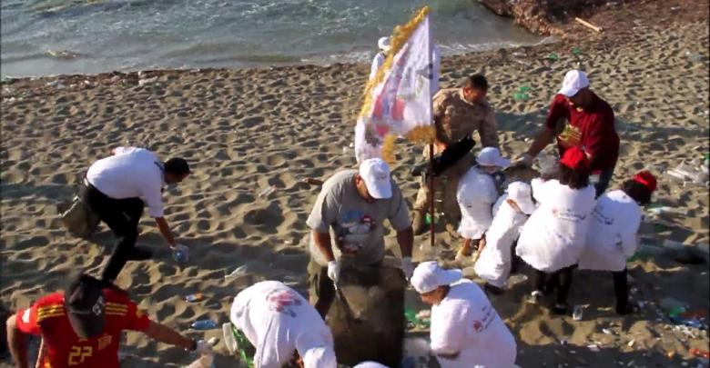 حملة البحر والشمس لتنظيف شواطىء بنغازي