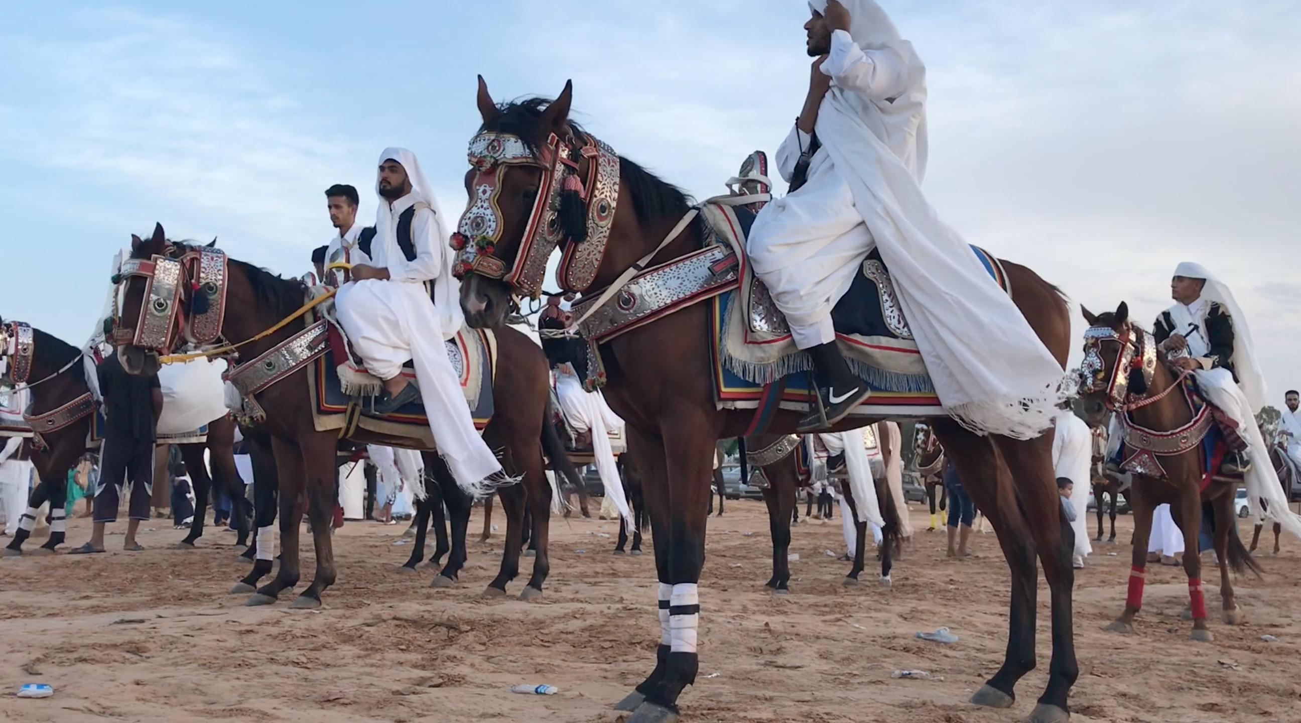 """مهرجان الفروسية الأول تحت شعار """"لم الشمل"""" في بلدية هراوة"""