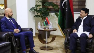 صورة محتال سياسي مالطي في أروقة حكومة الوفاق