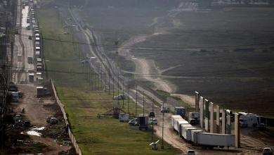 الجيش الأمريكي ينتشر على حدود المكسيك لوقف الهجرة