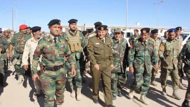اللواء عبد الباسط مروان أثناء تفقده كتيبة 172 مشاة - بني وليد