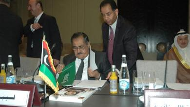 Photo of أكثر من 100 نائب يرشحون سيف النصر لعضوية الرئاسي