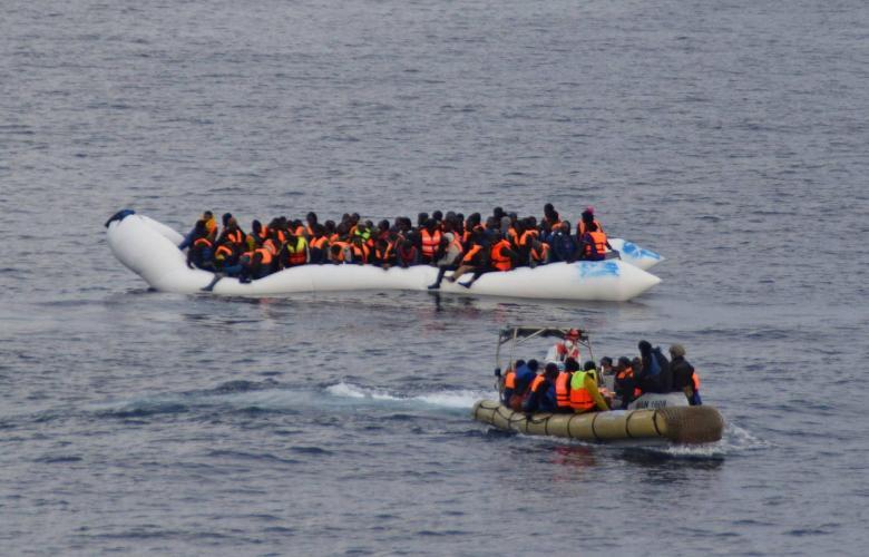 قوارب لمهاجريين غير قانونيين