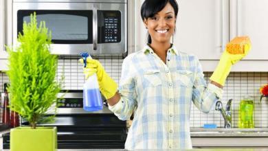 """Photo of """"2 × واحد"""".. 4 منتجات طبيعية من مطبخك للطهي والتنظيف"""