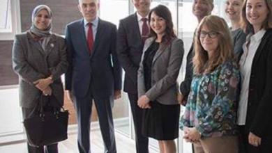 """صورة """"عبدالجليل"""" يلتقي """"بيكر"""" في تونس"""