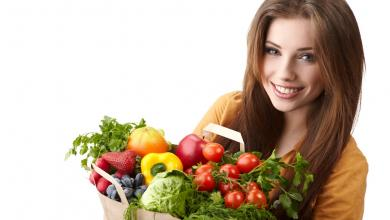 صورة 4 أطعمة تنظم الهرمونات في جسم المرأة.. السالمون يحقق التوازن